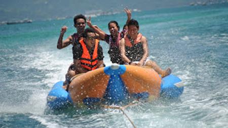 Banana boat,Boracay, Philippines
